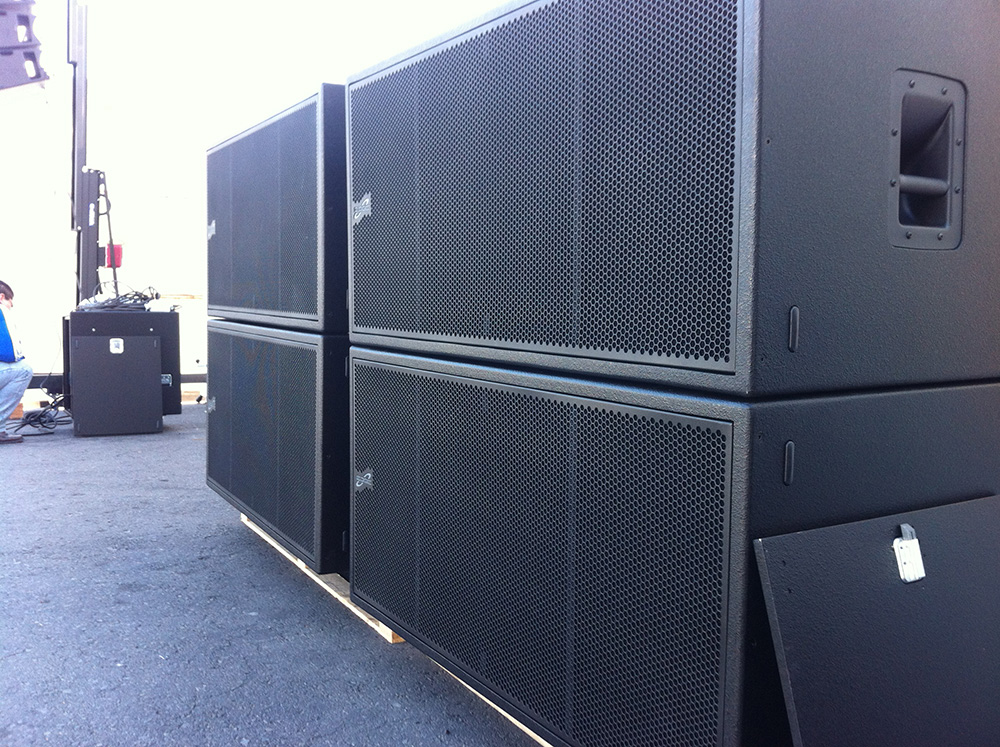 proel in mexico city with the latest pro audio and sound. Black Bedroom Furniture Sets. Home Design Ideas